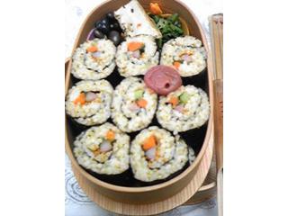 久しぶりの巻き寿司