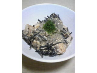 お豆腐とひじきの酒粕煮